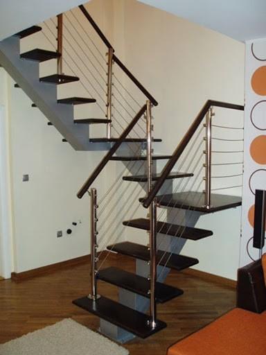 Metalno stepenište